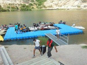 Puerto-fluvial-embarcaciones-pesca