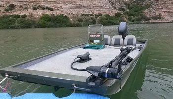 Guía-pesca-embarcacion-ebro-riba-roja-mequinenza-portmassaluca