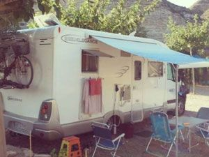 Parcela_caravana_Camping_Pesca_Ebro_Fayon_Mequinenza