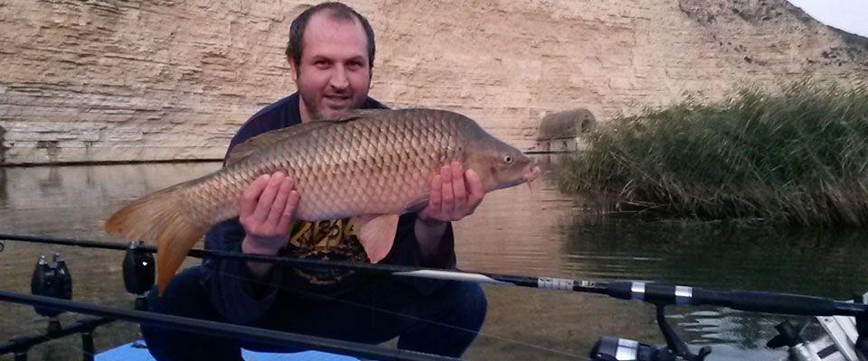 Ebro-fishing-boat-kayak-campsite-restaurant-Portmassaluca-6